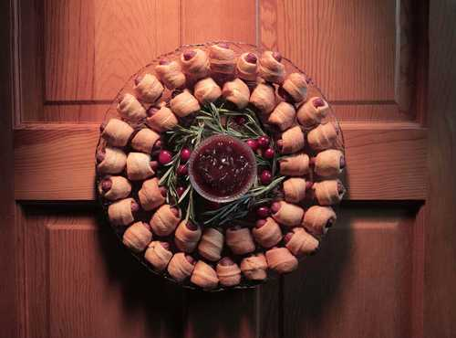 Lit'l Smokies® Smoked Sausage Holiday Appetizer Wreath